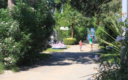 Camping Riviera Cannobio: die Hauptstrasse